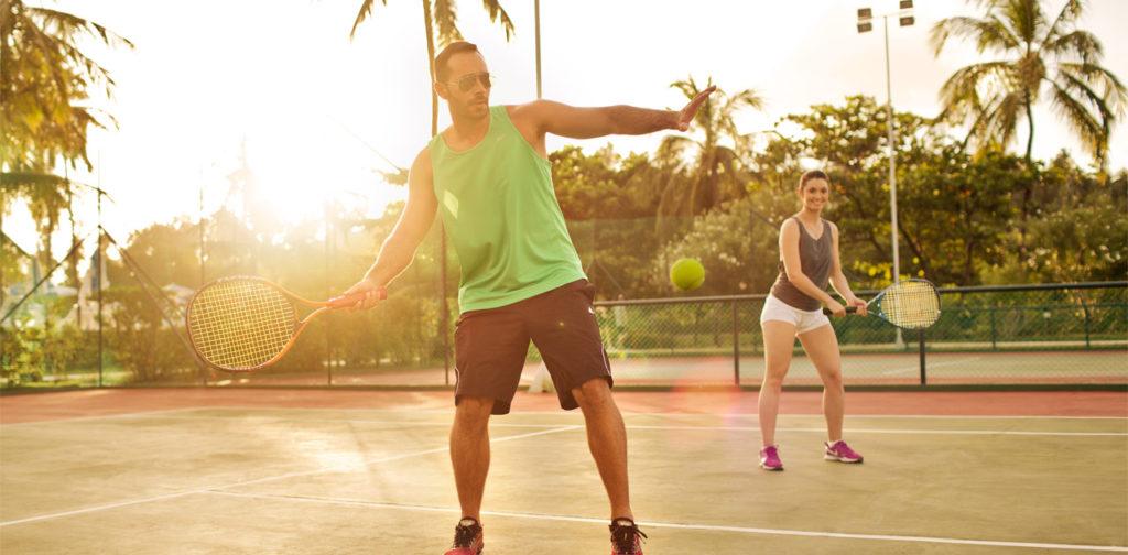 people playing tennis at the Salinas do Maragogi All Inclusive Resort