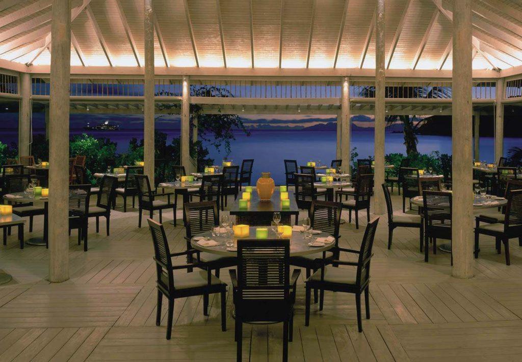 dining at the Carlisle Bay resort