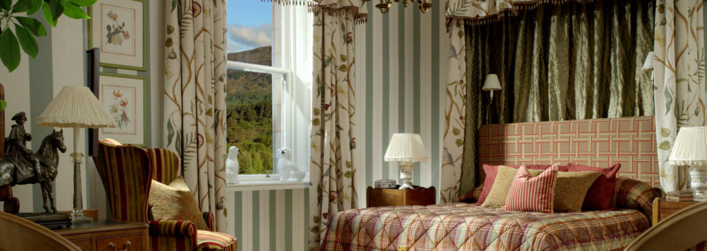 Inverlochy Castle Hotel bedroom