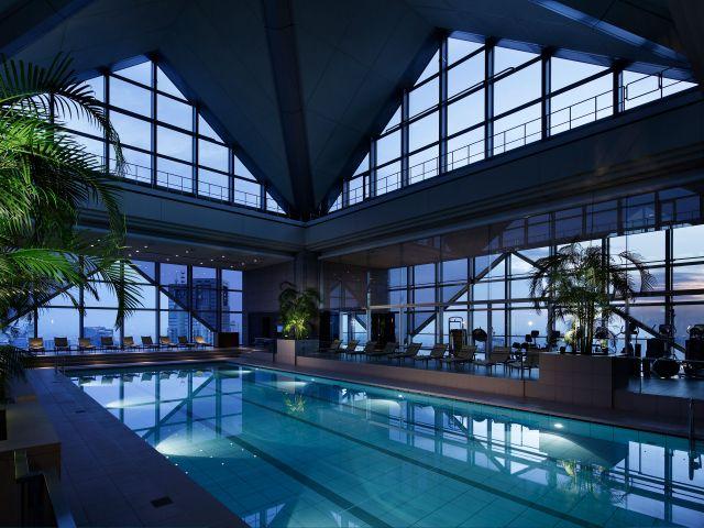 Park-Hyatt-Tokyo-P342-COTP-Pool.adapt.4x3.640.480